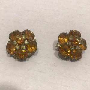 Vintage flower  Coro Gold Clip on earrings